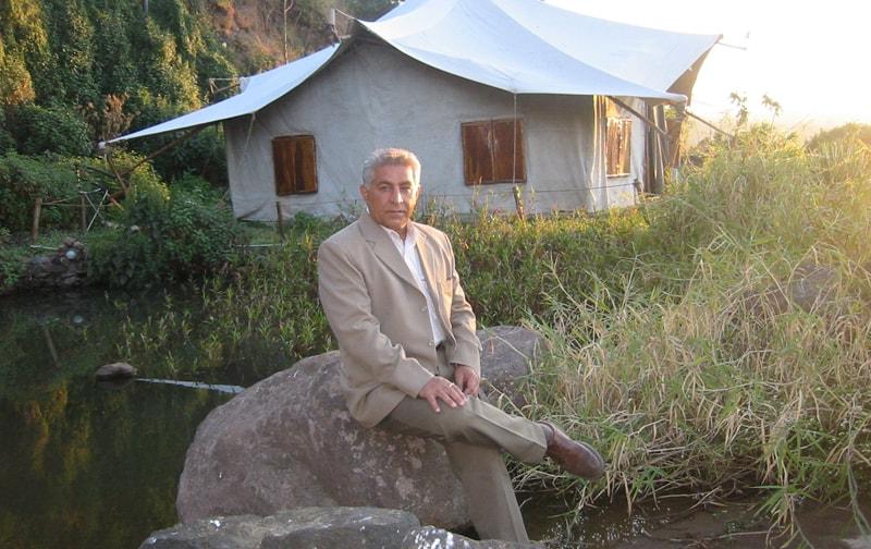 Dalip Tahil At Ravine Hotel
