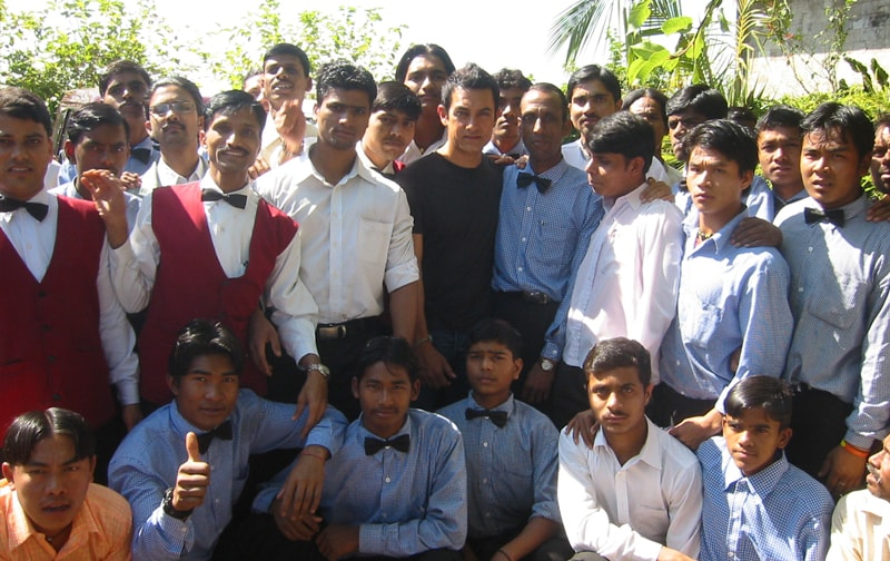 Aamir Khan -- always the Centre of Attraction!