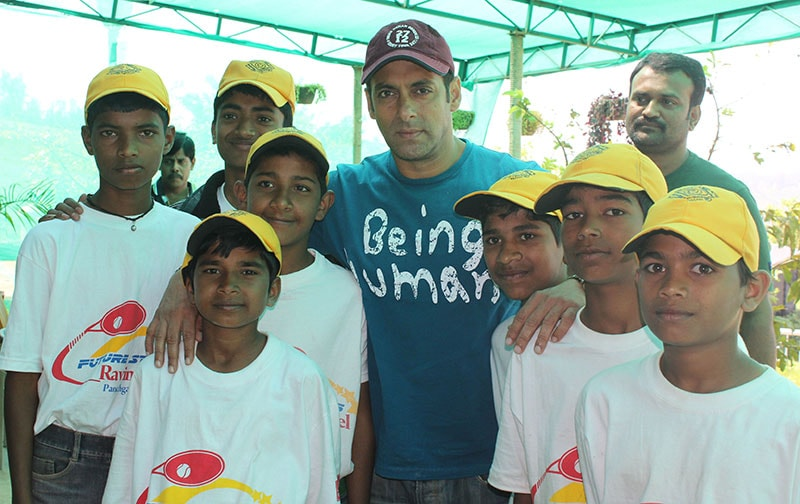Salman Khan at Ravine Hotel with Ball Boy's