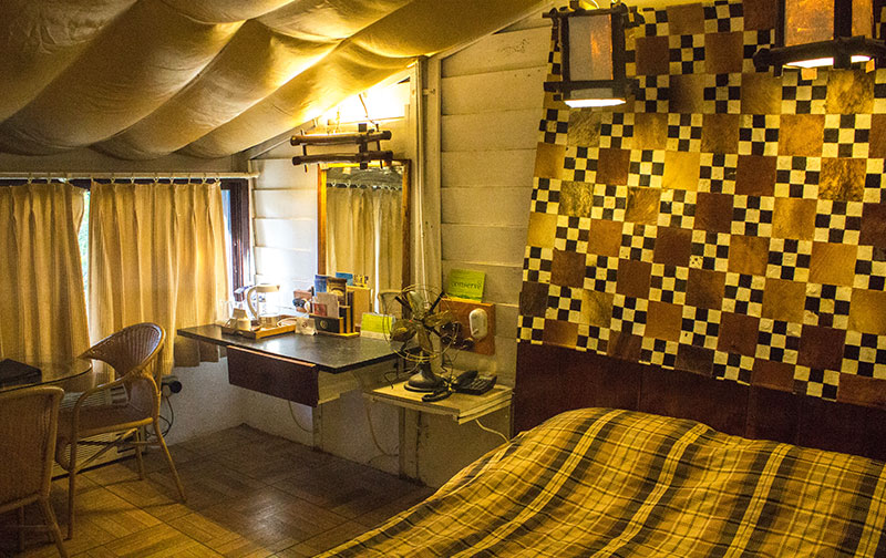 Queen's Tent 502